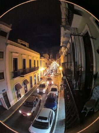 Fortaleza Guest House: Night view from the balcony