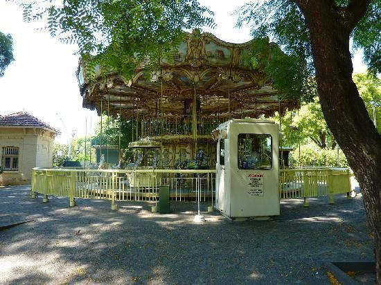 Zoo Buenos Aires: La giostra chiusa