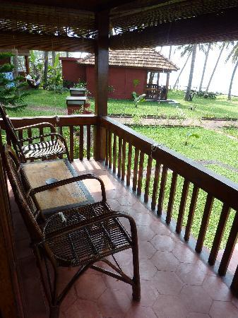 Blue Water Beach Resort: Our verandah
