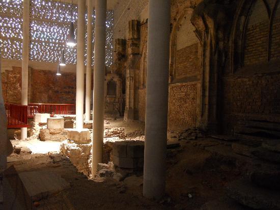 Restos de la iglesia de Sta. Kolumba