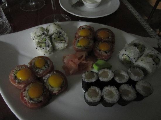 Oyster & Sushi Bar Bota : Quail eggs on maki- winning combination