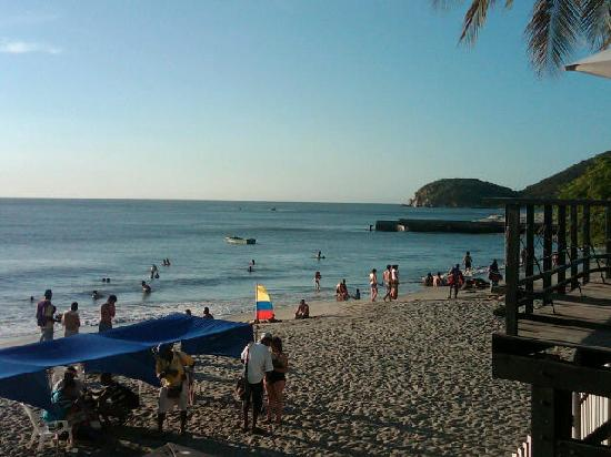 Hotel Tequendama Inn Santa Marta by Sercotel: Beach view