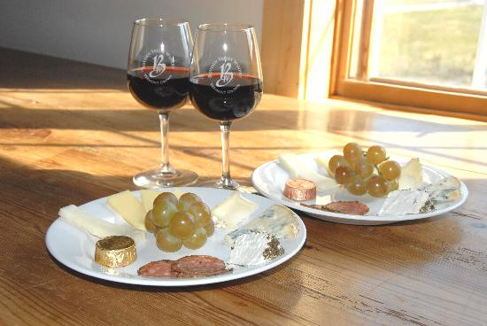 Boyden Valley Winery: French Gourmet Cheese Plate