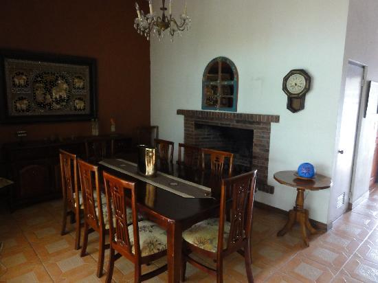 Hotel Ave del Paraiso: hotel amenities