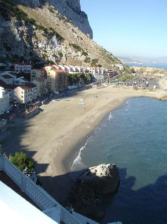 Caleta Hotel: The beach view