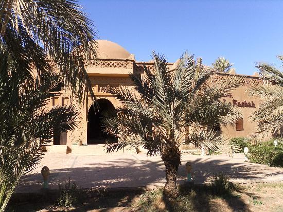 Jnane La Kasbah: Voorzijde hotel