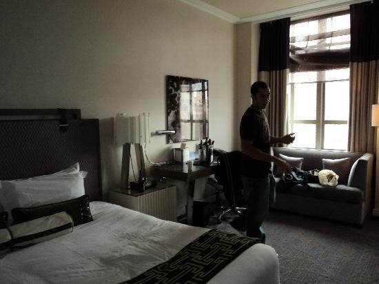 the spa king room picture of kimpton hotel palomar philadelphia philadelphia tripadvisor. Black Bedroom Furniture Sets. Home Design Ideas