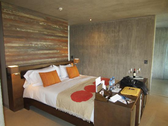 Entre Cielos : Bed in Reserva Room