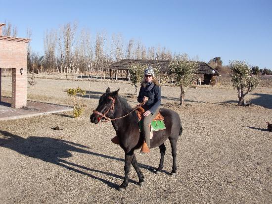 La Carmelita Hotel Rural: Riding Nicole's Beautiful Horse