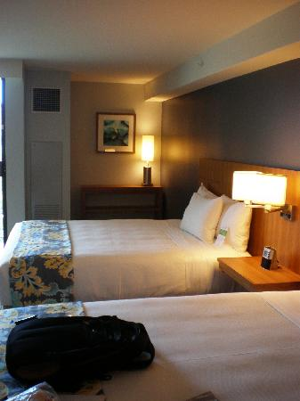Hyatt Place Waikiki Beach: Two Double Bed room