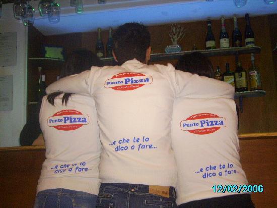 La divisa dello Staff di Punto Pizza