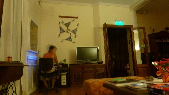 Kala Petit Hotel: Sala com estação de trabalho