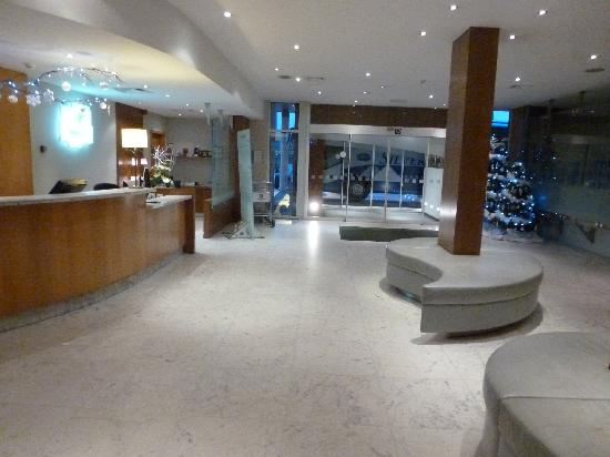 Holiday Inn Gent Expo: The lobby