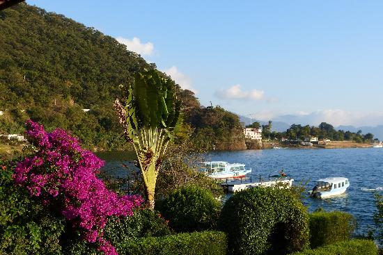 Hotel Atitlan: Lake