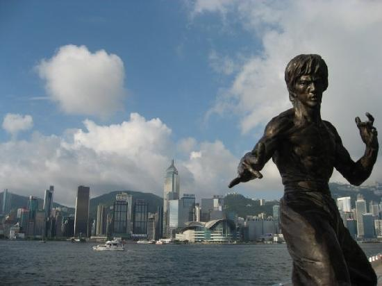 Bruce Lee Statue on TST Promenade
