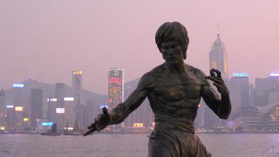 Bruce Lee Statue (4)