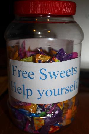 Six Degrees: Free sweets, free mineral water, free tea and coffee at any time!