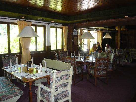 St. Moritz Hotel : The restaurant