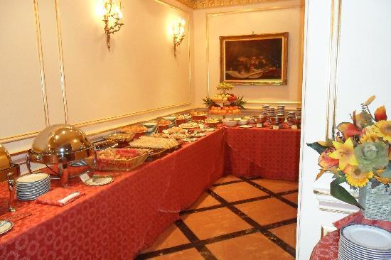 Grand Hotel Wagner: ...a colazione
