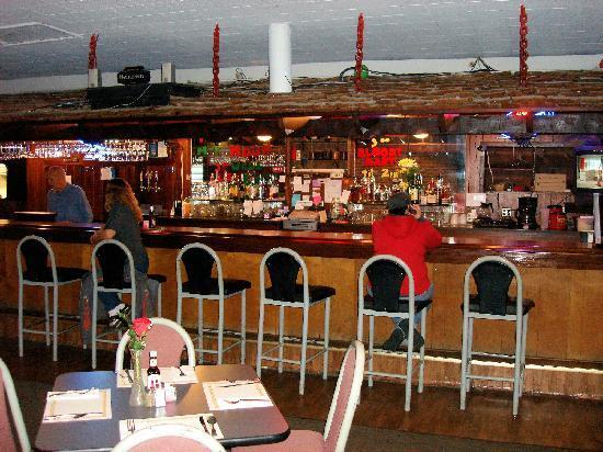 145 Club: Bar, well stocked