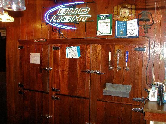 145 Club: Taps and classic cooler