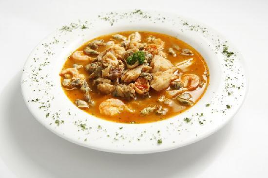 Barlovento Restaurant : SEAFOOD BOUILLON