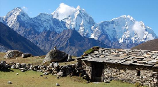 Alpine Adventure Club Treks & Expedition - Mountain Flight in Nepal : Jiri to Everest trekking