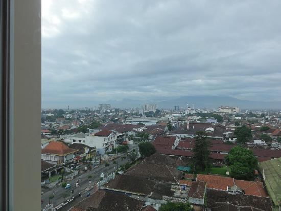 Novotel Bandung: View from our room on 918