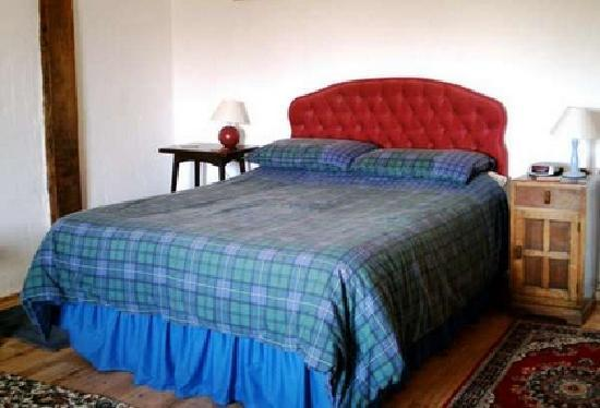 Maureville Chambres D'Hotes: Double Bedroom 2