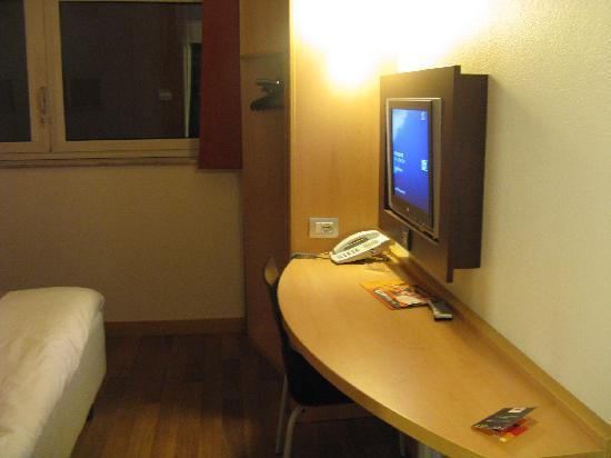 ไอบิสมิลาโน เซ็นโทร: Room - Pic 1