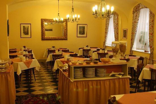 Hotel Graf Stadion : breakfast area