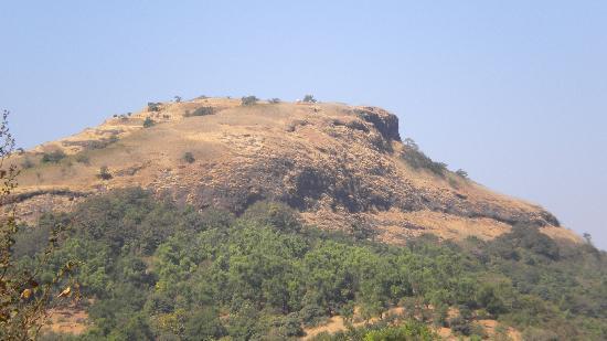Khandala, India: Duke's Nose en route from Kuruvanda