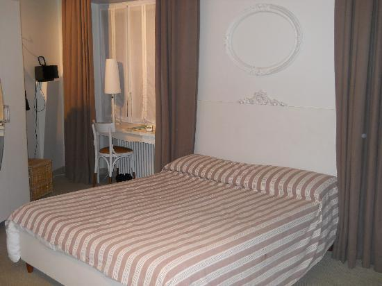 Nina Casetta De Trastevere: de suite, mooie ruime kamer