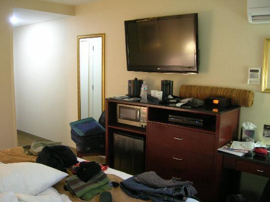 Best Western Plus Arena Hotel: tv e I-Home