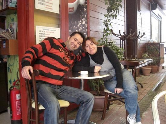 Blue Cafe & Restaurant: Adem!