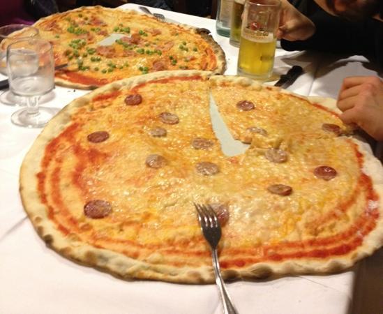 Rodengo Saiano, อิตาลี: una semi schiacciata!!!