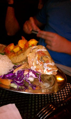 La Parrilla : Grouper stuffed with shrimp and lobster