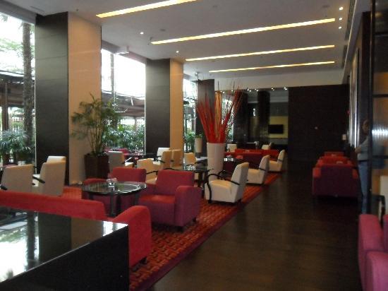 Sukhumvit Park, Bangkok - Marriott Executive Apartments: LOUNGE