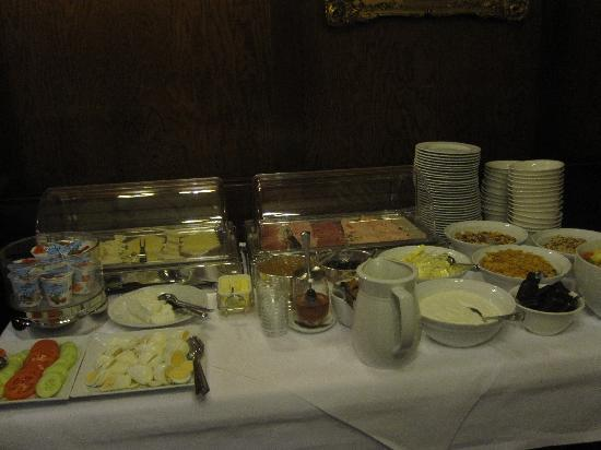 Schwarzwaelder Hof Hotel: Breakfast :)