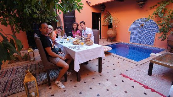 Riad Ajmal: Having a breakfast