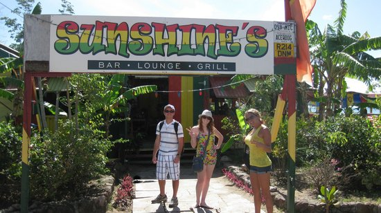 Sunshine's Bar Lounge & Grill