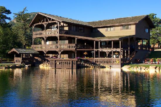Trout haven ranch lodge updated 2017 reviews estes park for Estes park lodging cabins