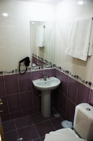 Otel California: toilet