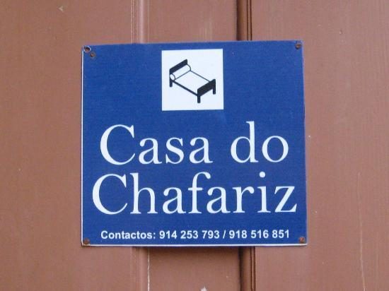 Casa do Chafariz: Sign on Door w/phone