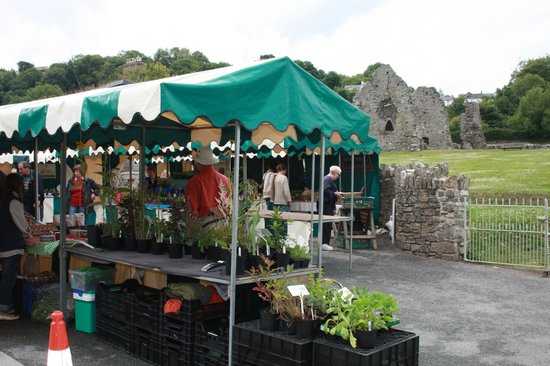 St. Dogmaels Abbey: Tuesday Farmers Market at Dt Dogmaels