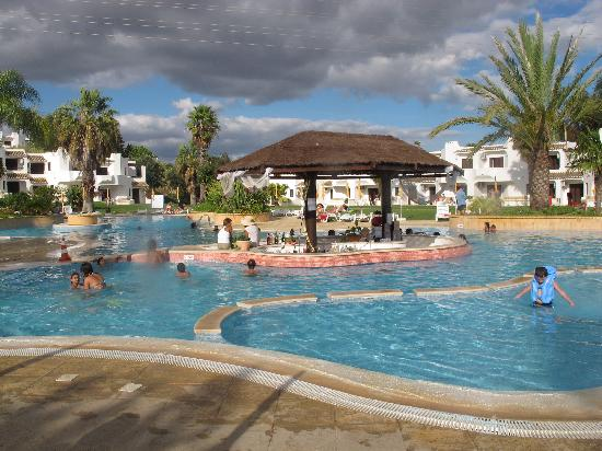 Clube Albufeira Resort : Pool with kids' area.