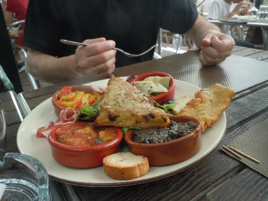 Brasserie Restaurant de l'Union: assortiment de spécialités niçoises