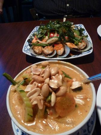 Zen Bistro: Masaman dish with extra veggies