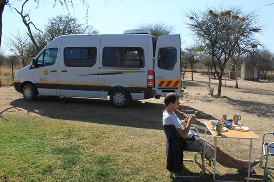 Ombo Rest Camp: Our camper van on the camp site
