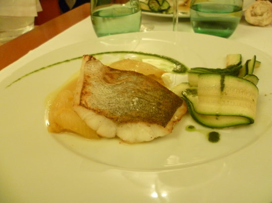 Le restaurant de la Poste: un poisson  délicieux peu connu (dont j'ai oublié le nom)